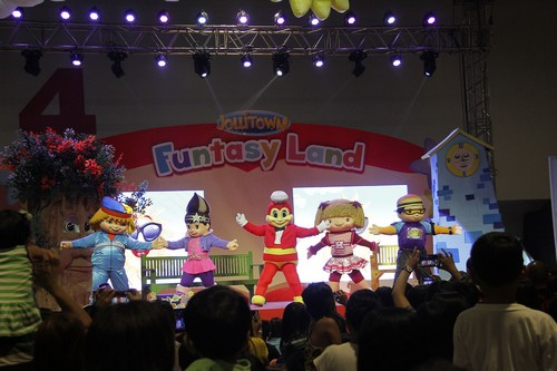 Jollitown Funtasy Land