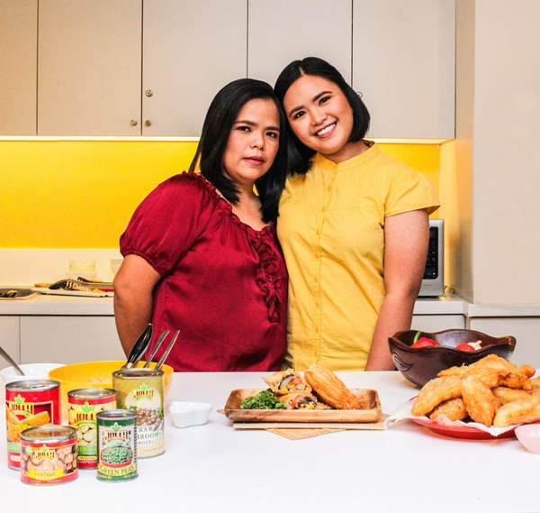 Inspired by Mom, Just for Mom: JOLLY University Year 4 Grand Champion Whips Up Special Dish Tribute