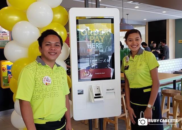McDonald's El Salvador Self-Ordering Kiosks